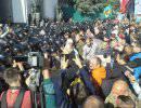У Верховной рады в Киеве начались столкновения «Правого сектора» с милицией