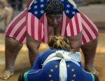 """Гнилые плоды оккупации: Европа """"мстит"""" США за санкции против России"""