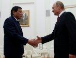 Дутерте прервал визит в Москву, но успел встретиться с «любимым героем»