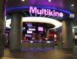Безумная языковая политика Латвии: кинотеатр закроют за билеты на русском