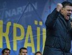 У Тягнибока началась истерика из-за наезда Трампа на Украину